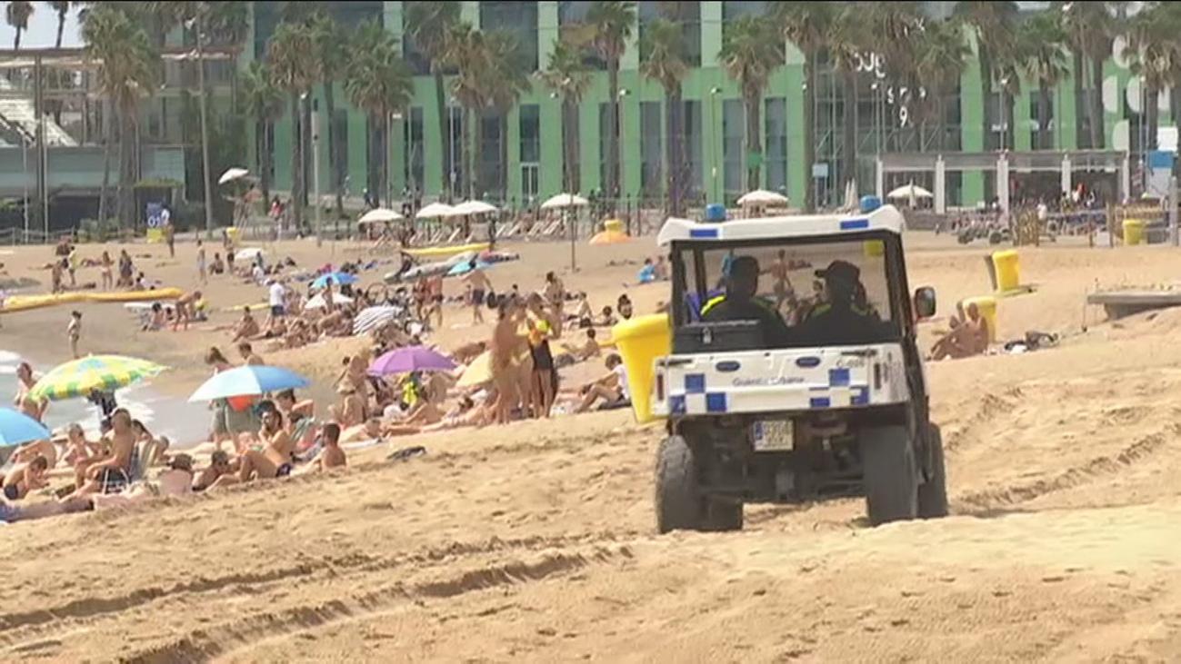 Cataluña y País Vasco endurecen las restricciones mientras los británicos ponen de ejemplo la playa de Chipiona