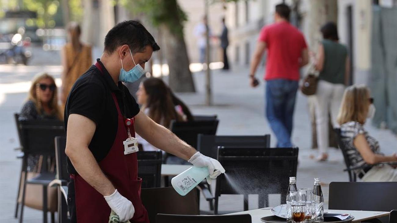 El coronavirus reduce las ofertas de empleo y aumenta el miedo a perder el trabajo