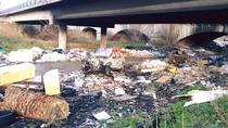 Localizados los 32 puntos del cauce del río Guadarrama con más basura