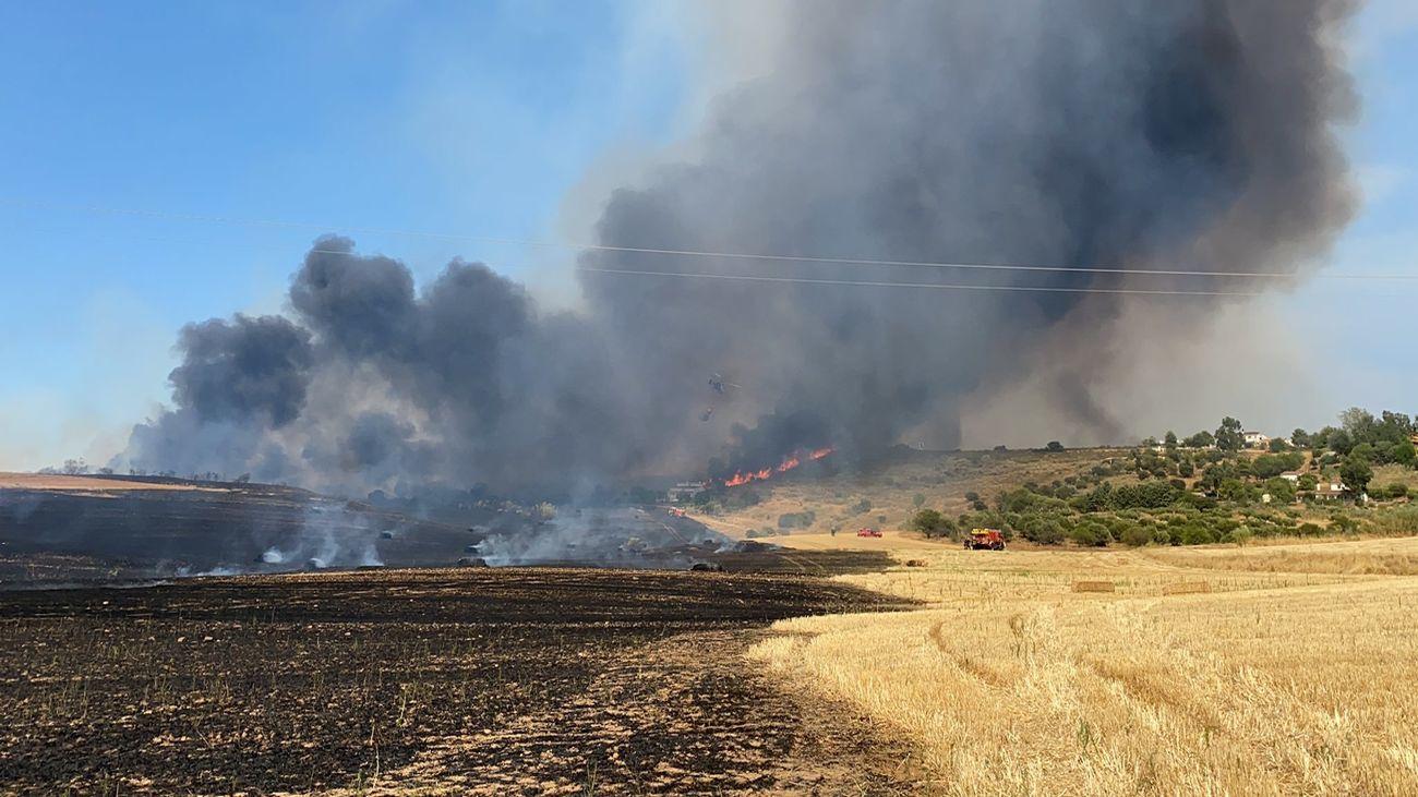 Detenido por negligencia un hombre acusado de provocar el gran incendio de Valdepiélagos