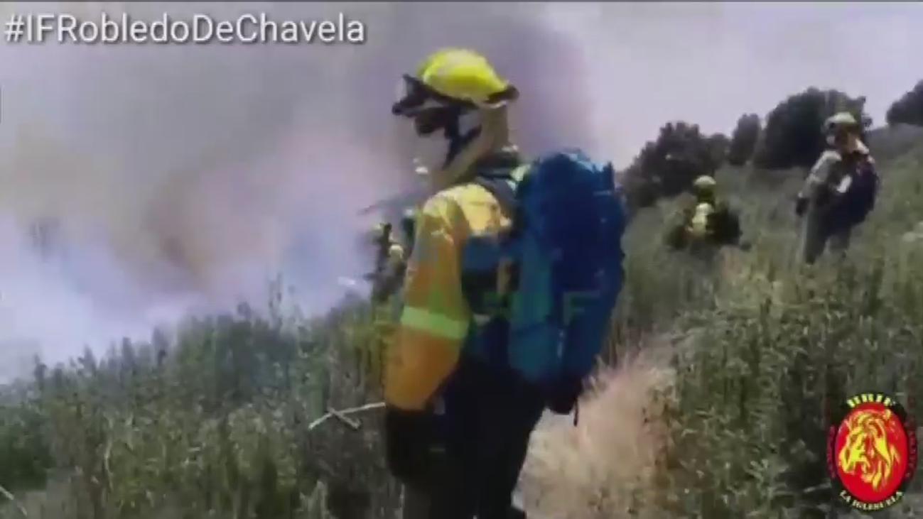 """El alcalde de Robledo de Chavela: """"El incendio está totalmente descontrolado"""""""