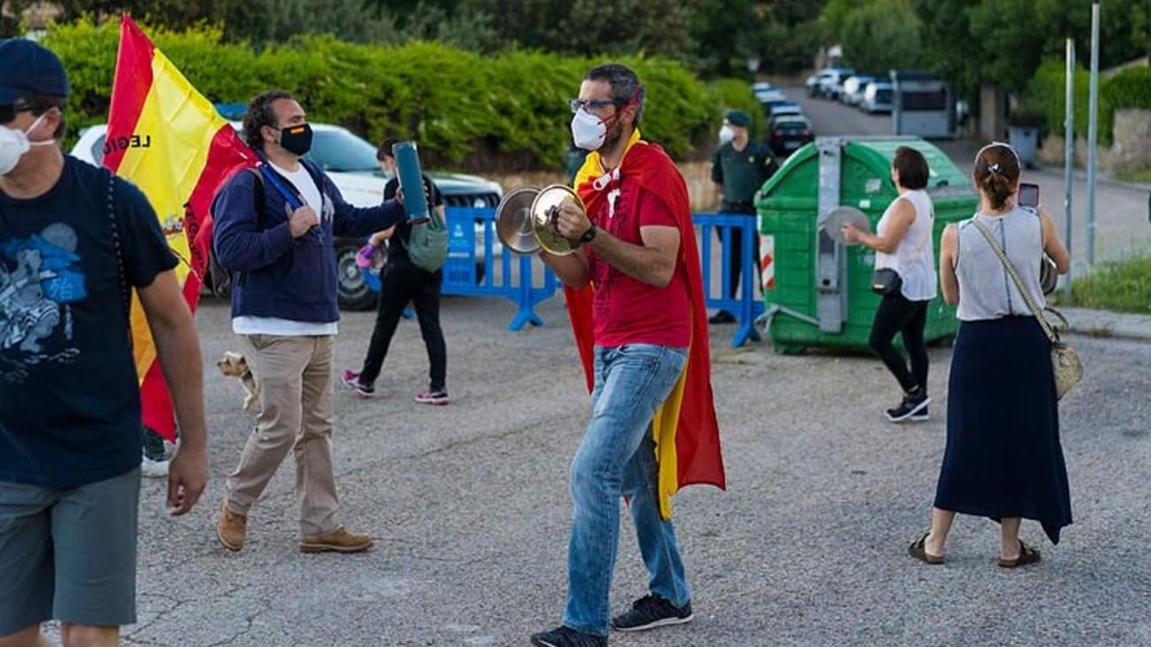 Protestas ante la vivienda de Pablo Iglesias