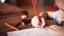Incertidumbre ante la vuelta al cole: profesores, padres y madres reclaman más información