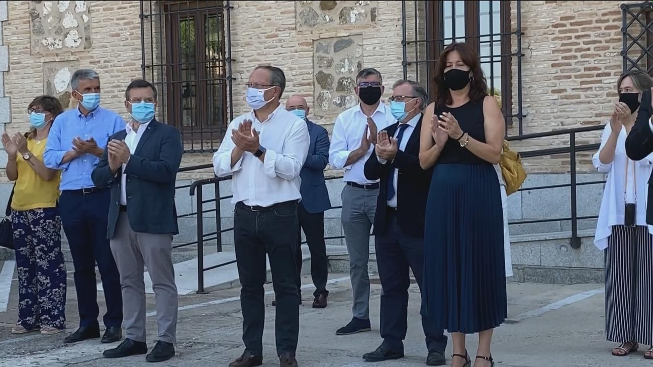 Varias concentraciones y un minuto de silencio recuerdan a  la nueva víctima de la violencia machista en Albacete