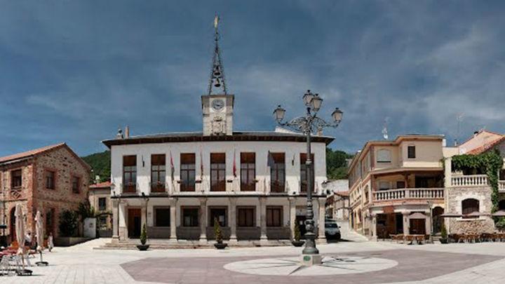 Suspendida la corrida de toros de Javier Cortés en Miraflores de la Sierra por un brote de Covid-19