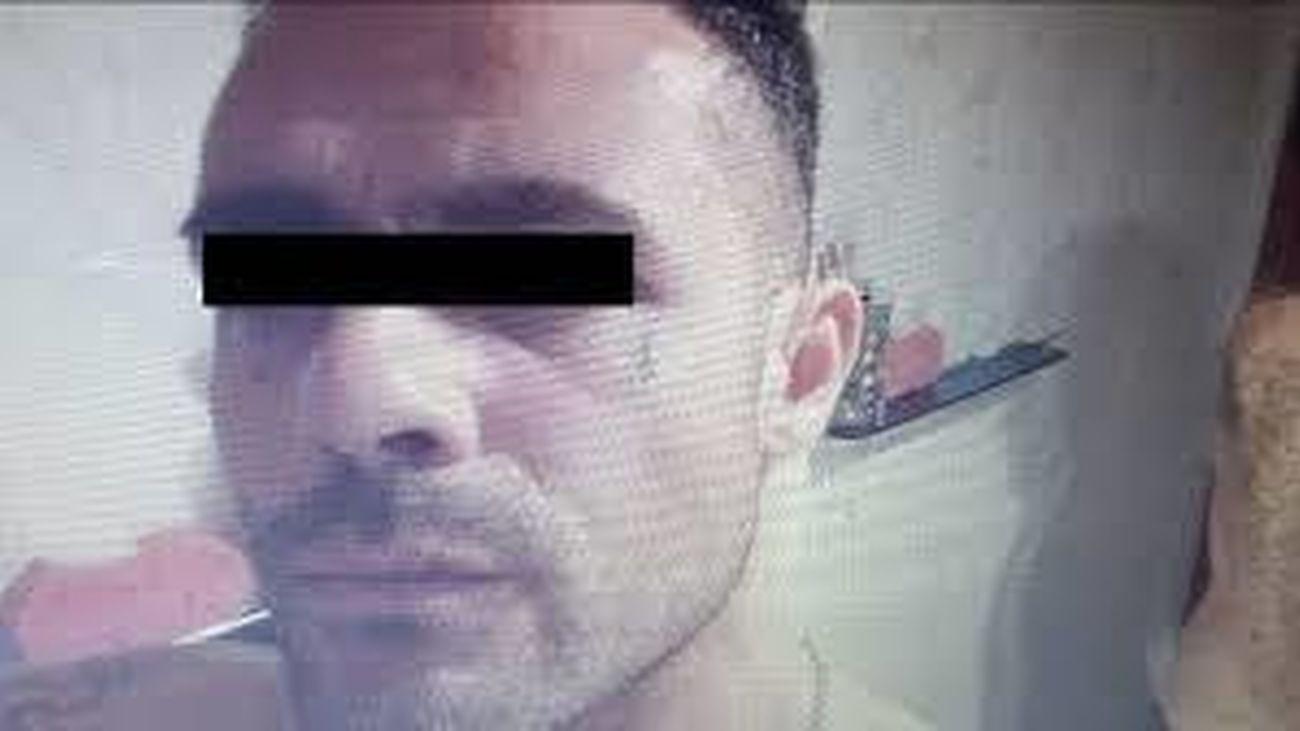 """El presunto autor del crimen de Chapinería le dejó clavado el cuchillo porque le daba """"reparo"""" quitárselo"""