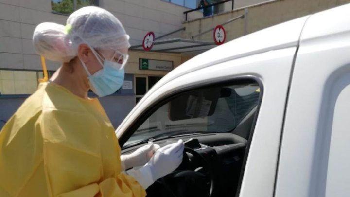 Repunte de fallecidos por coronavirus: 65 desde el pasado viernes