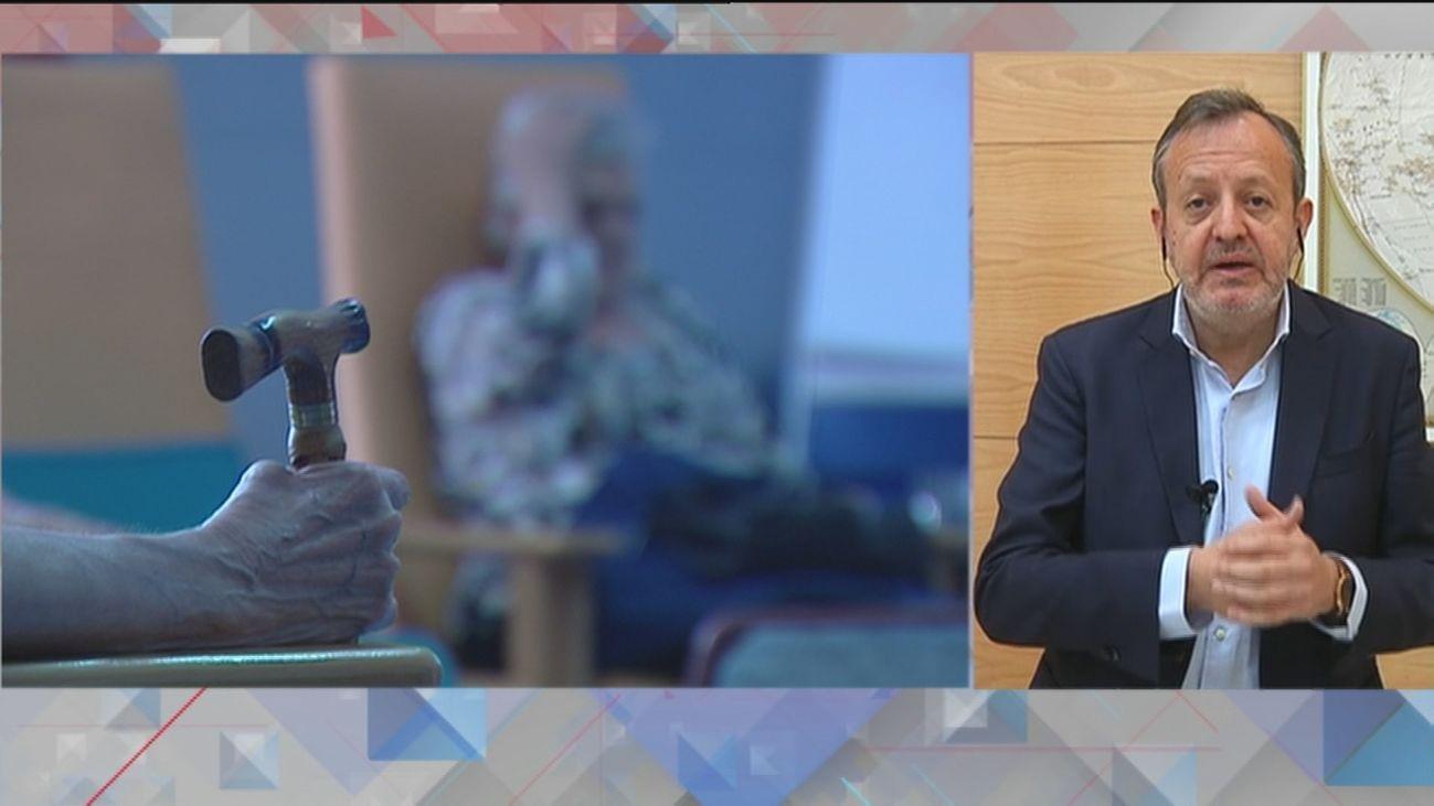 """Alberto Reyero: """"Vamos a intentar evitar el cierre total de residencias"""""""