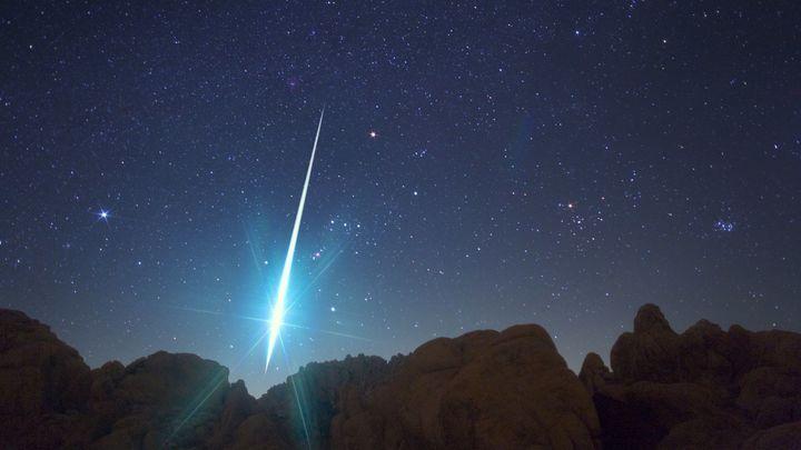 ¿Qué pasaría si un meteorito cayera en tu casa?