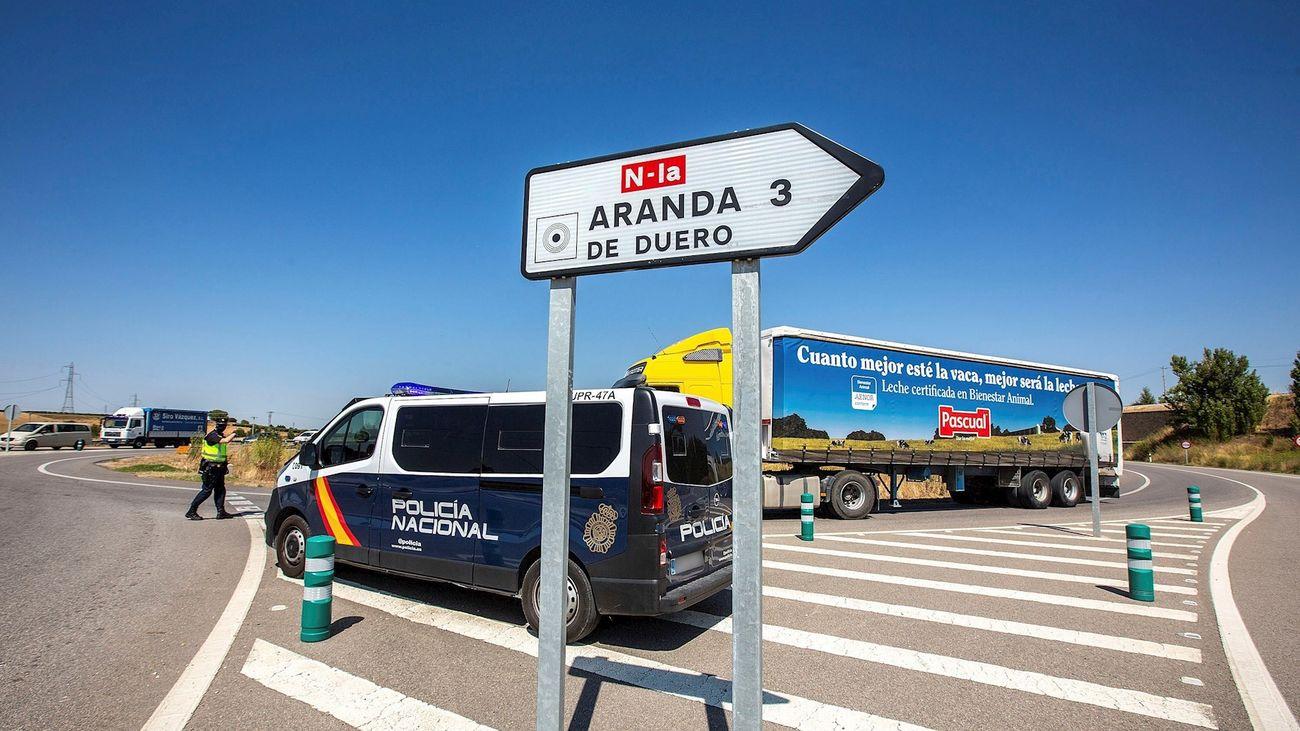 Control de la Policía Nacional a la entrada de Aranda de Duerto
