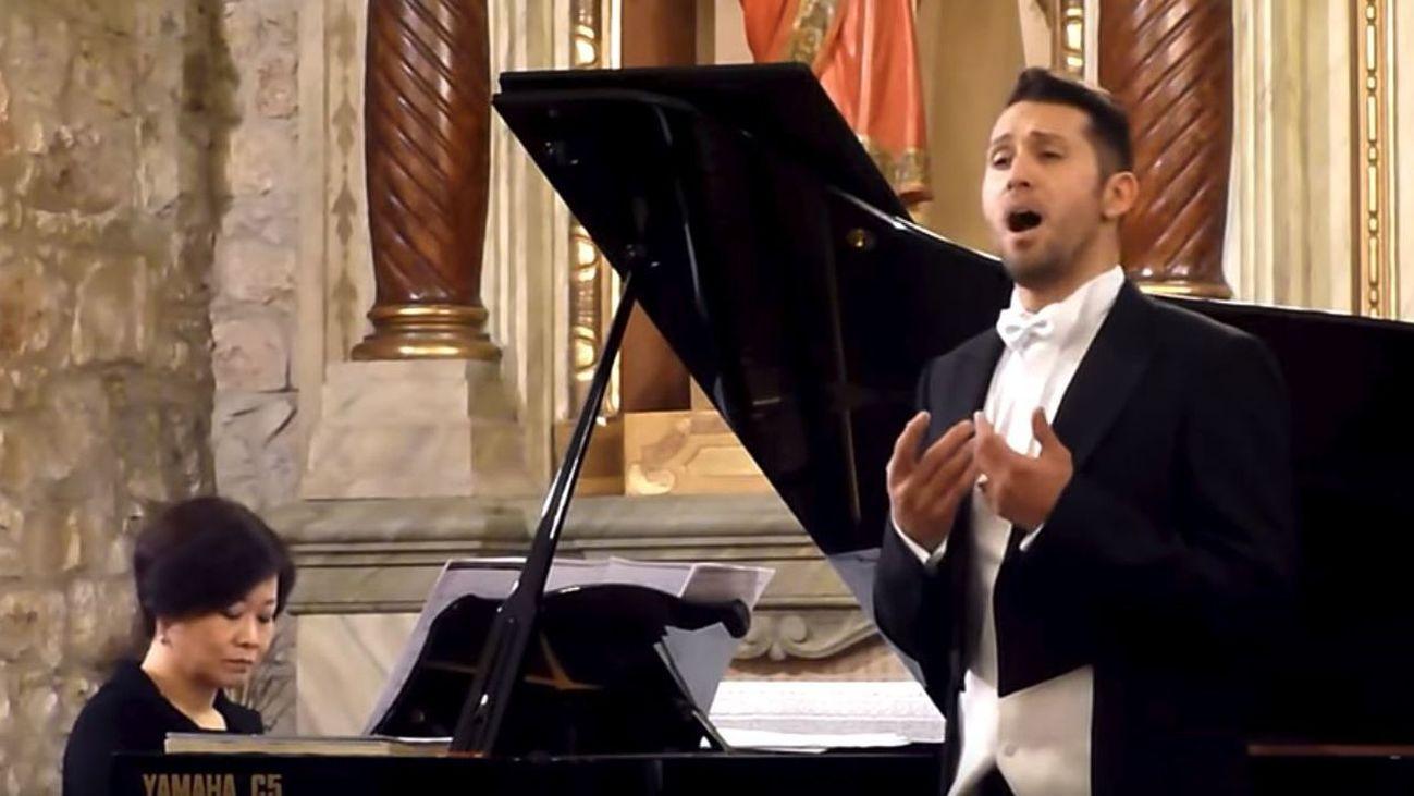 Entrevista al tenor Jorge Rodriguez Norton