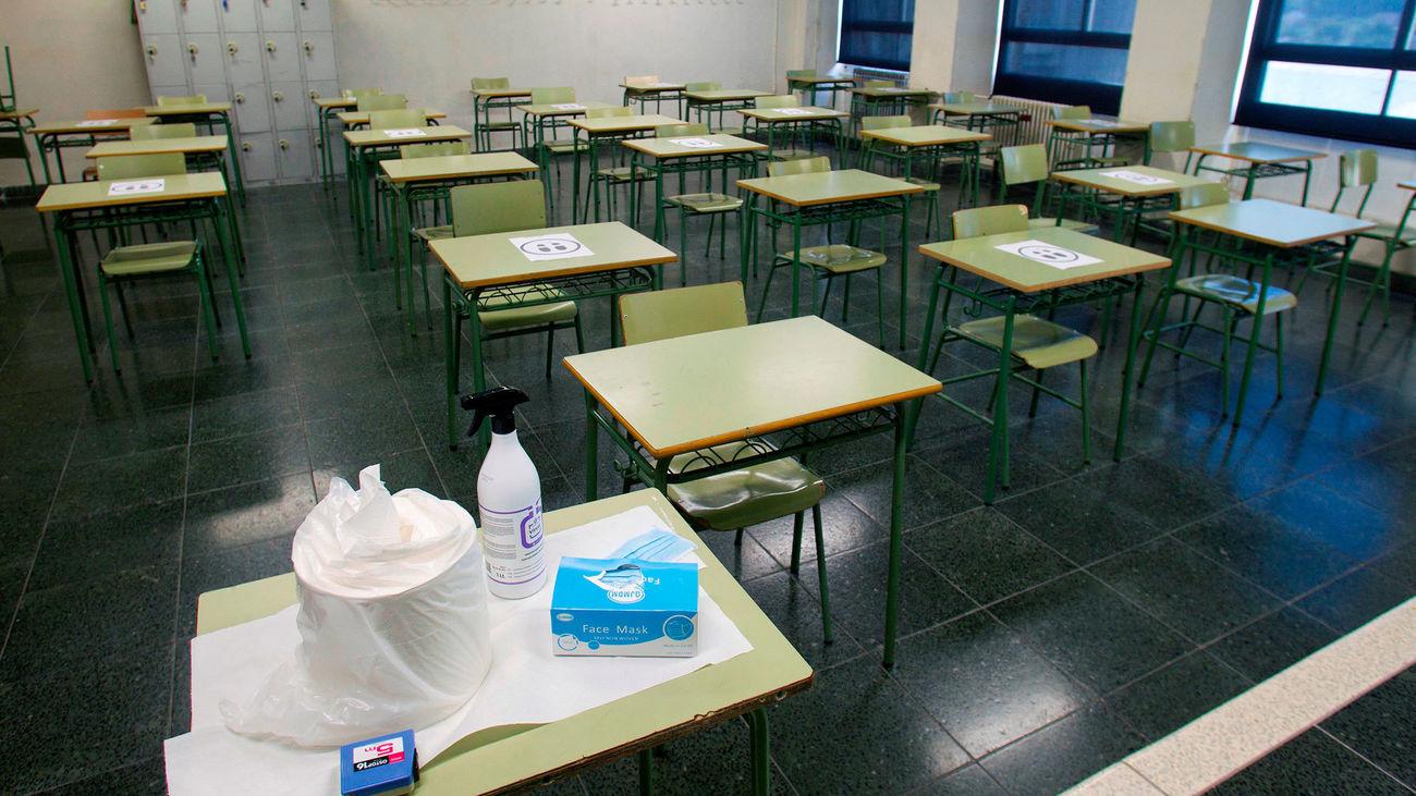 Un aula vacía en el instituto de Eduación