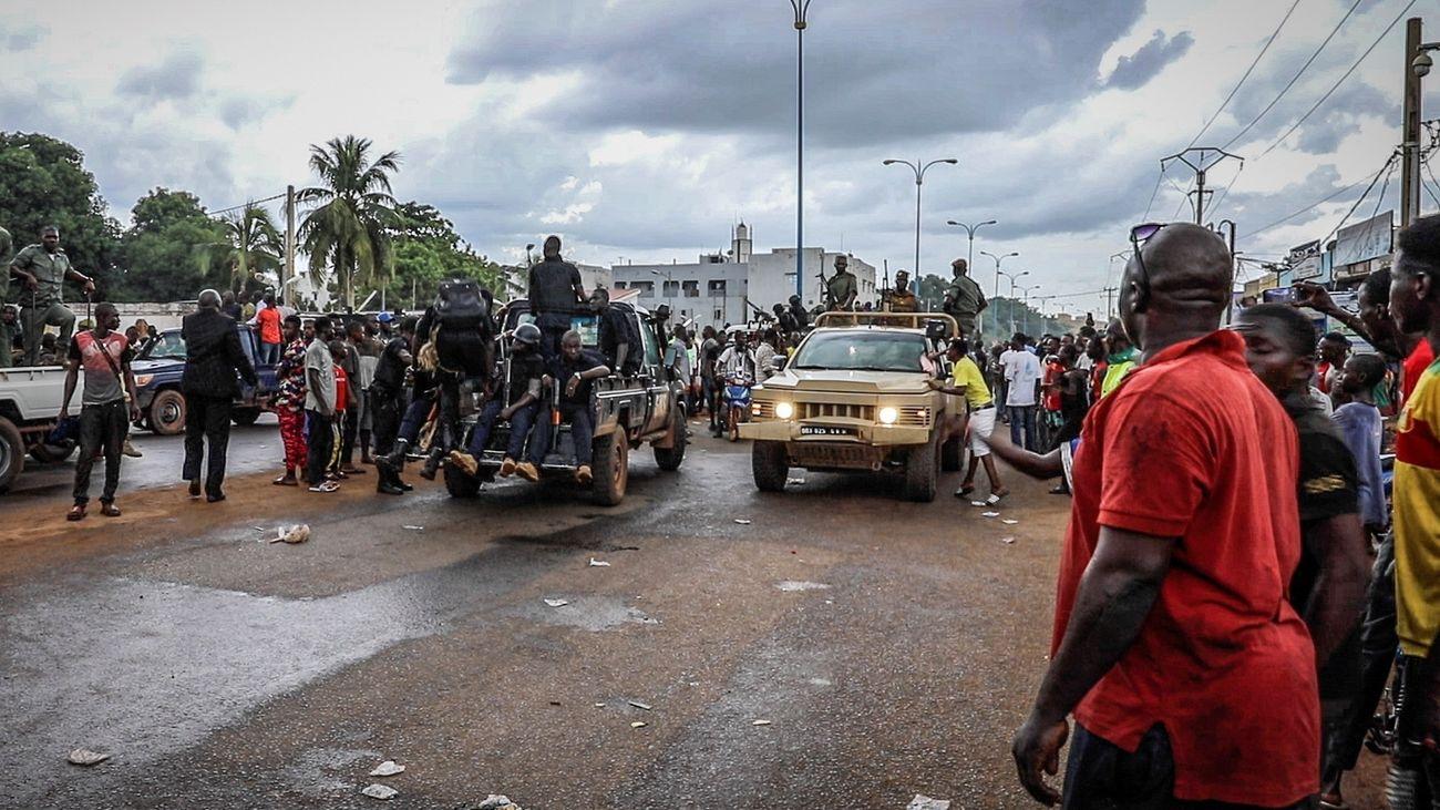 """El """"Comité Nacional de Salvación"""" toma el poder en Mali y promete elecciones"""