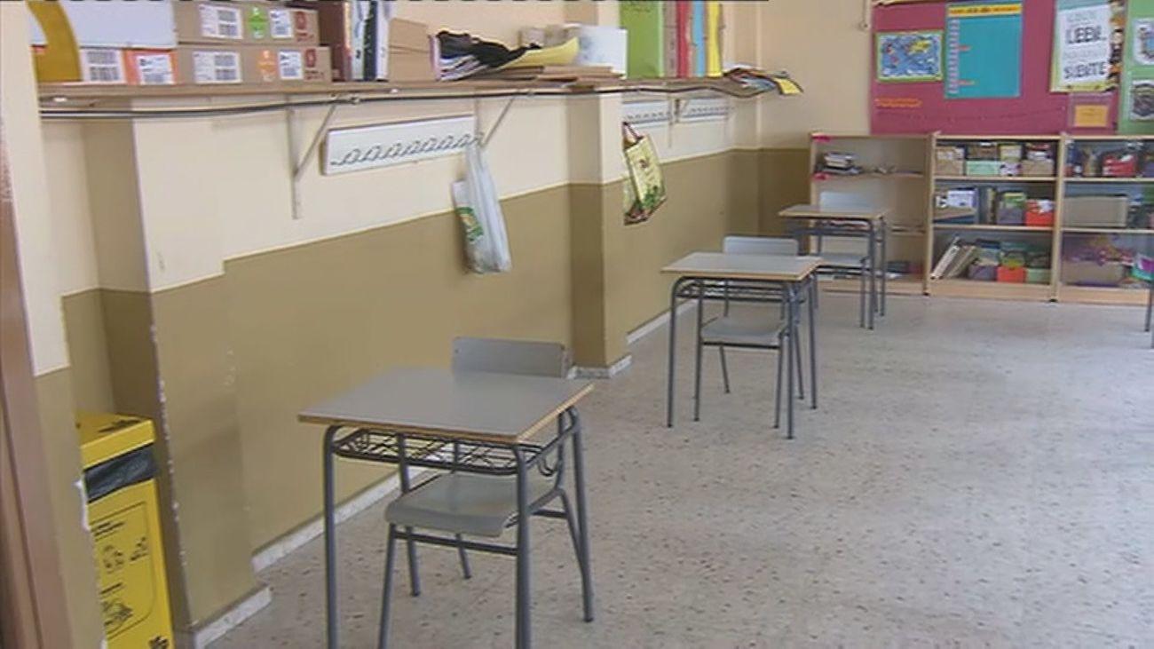 Aula vacía en un colegio madrileño