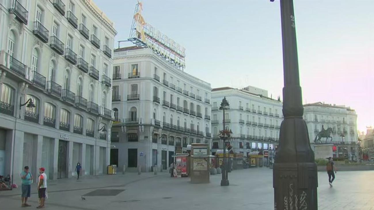 La Puerta del Sol se cierra al tráfico para su peatonalización