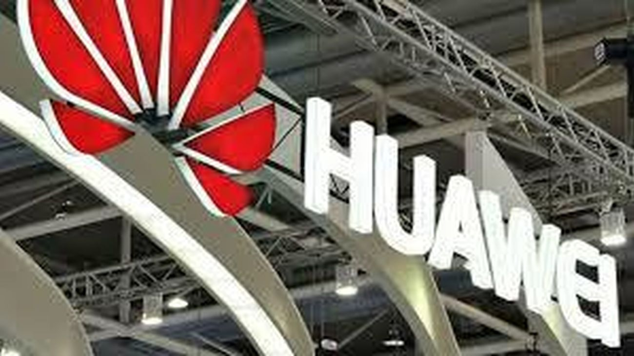 Huawei inaugura una nueva tienda en intu Xanadú