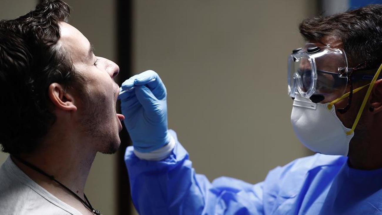 Madrid repite este lunes las PCR masivas en Carabanchel para detectar asintomáticos