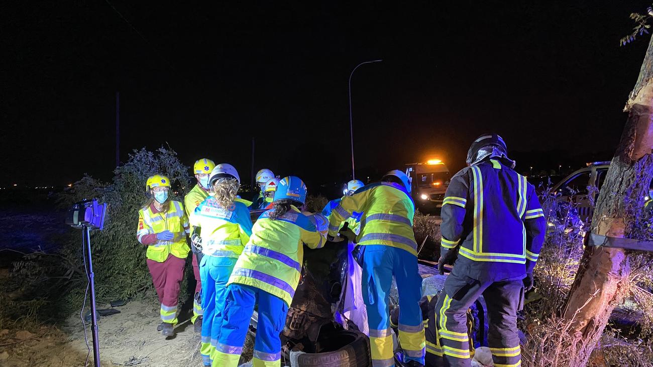 Mueren tres personas al chocar dos vehículos en una carretera de Móstoles