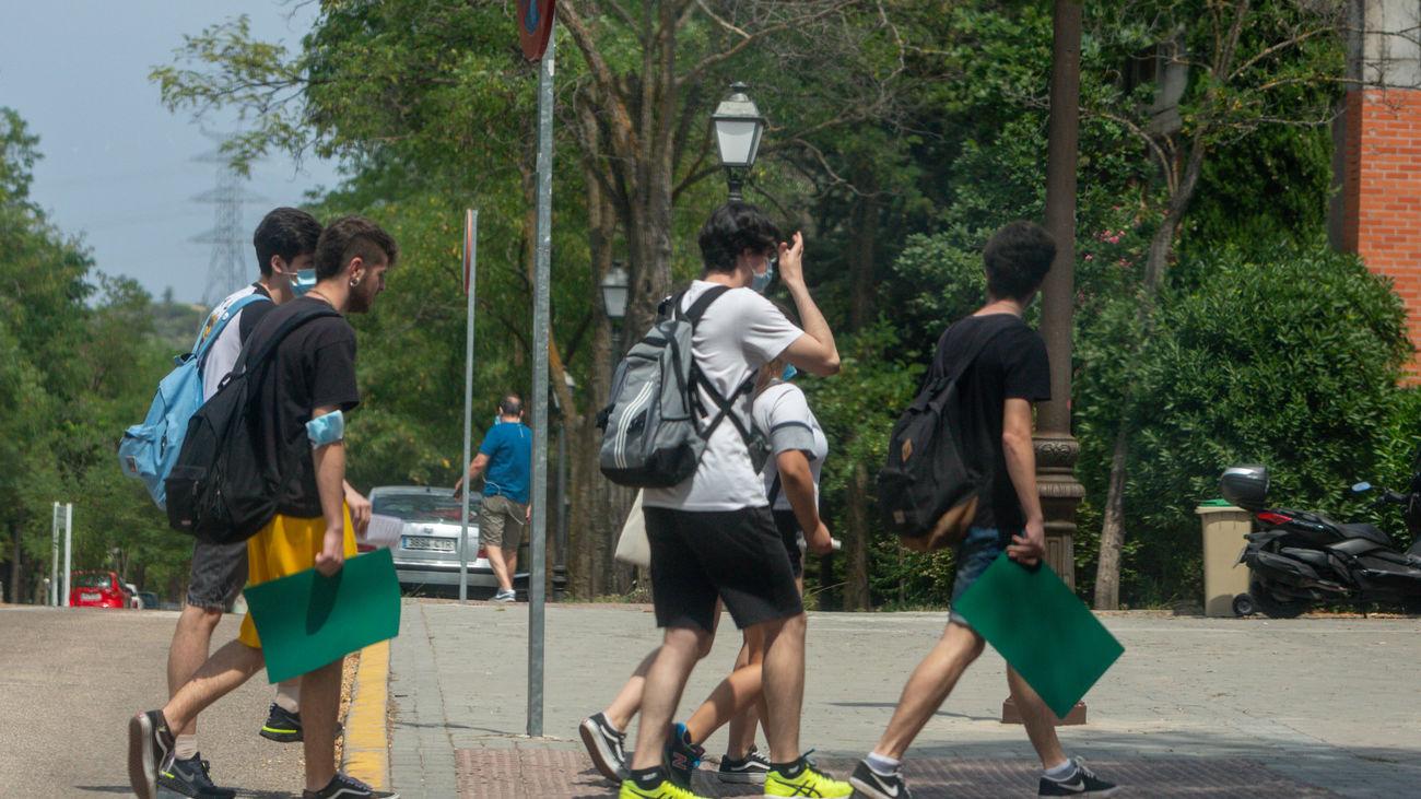 Vuelta a las aulas para los alumnos de ESO y Bachillerato