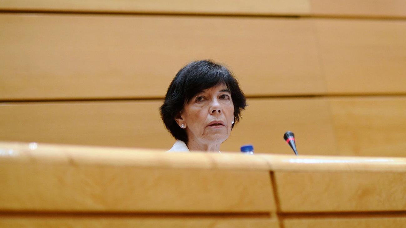 La ministra de Educación y Formación Profesional, Isabel Celaá, durante su comparecencia en el Senado.