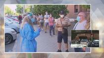 Los vecinos de Carabanchel denuncian largas colas ante el centro de salud de Abrantes