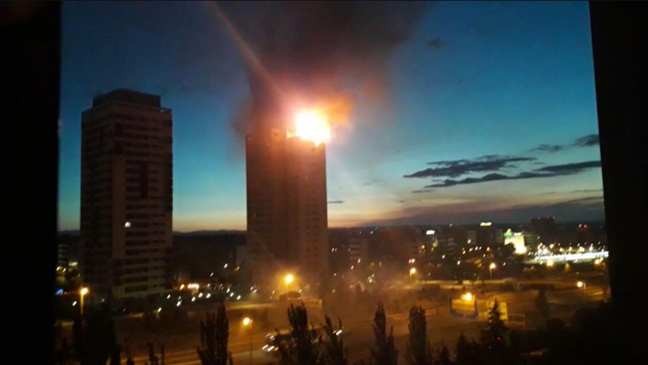 El incendio en la torre de apartamentos impacta a los vecinos de Hortaleza