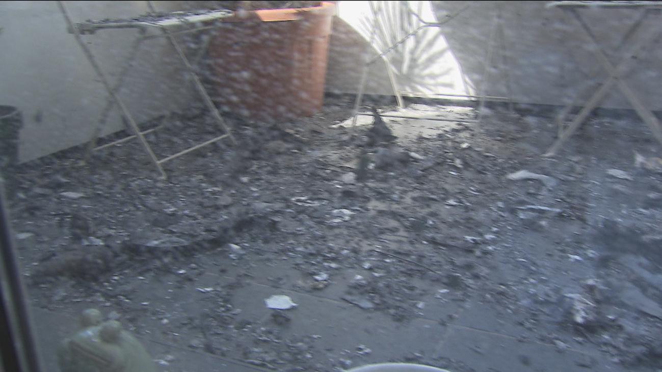 Telemadrid entra en el bloque de viviendas afectado por el incendio de Hortaleza
