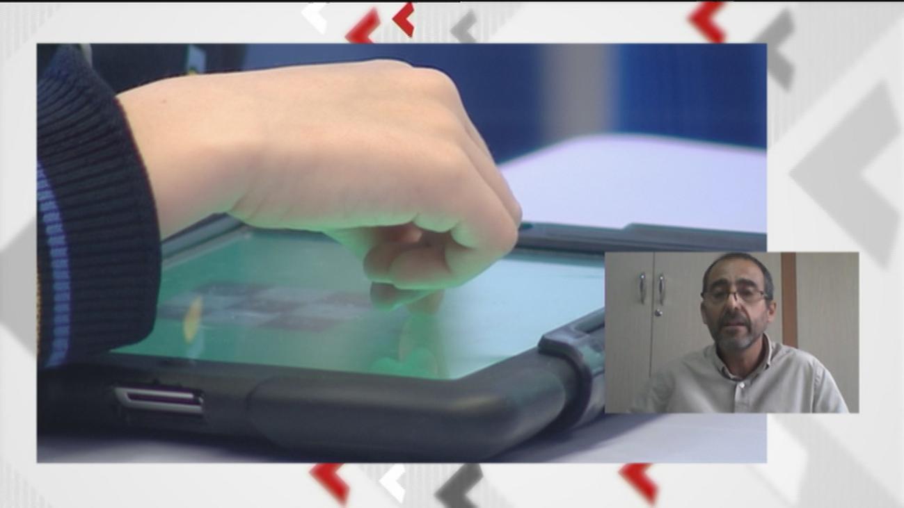 El director del colegio Liceo Cónsul niega que obligue a los padres a comprar una tablet de 600 euros