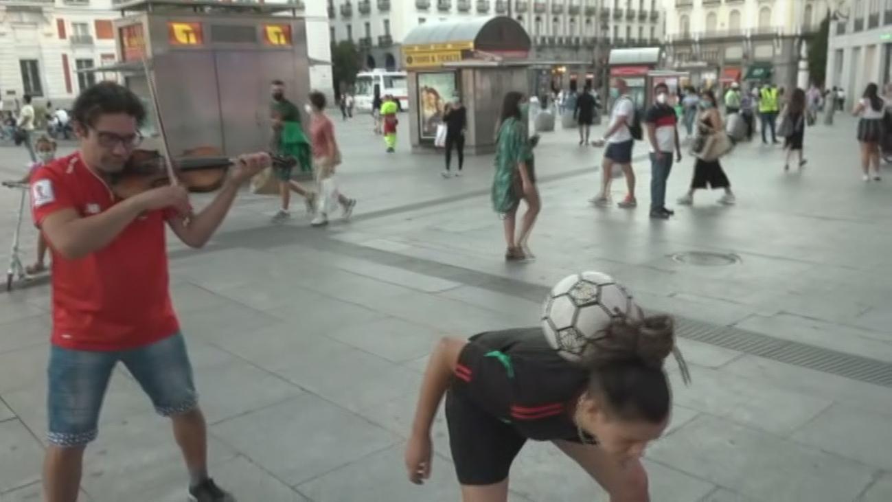 Salimos a la calle con la pentacampeona mundial de 'footbag'