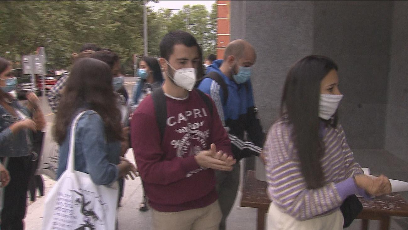 300.000 universitarios madrileños vuelven a clase en septiembre escalonados, en grupos reducidos y con mascarilla
