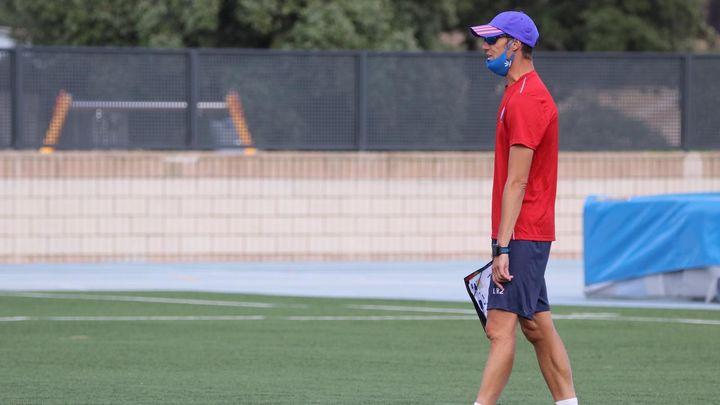 Conocemos en profundidad al Iván Helguera entrenador