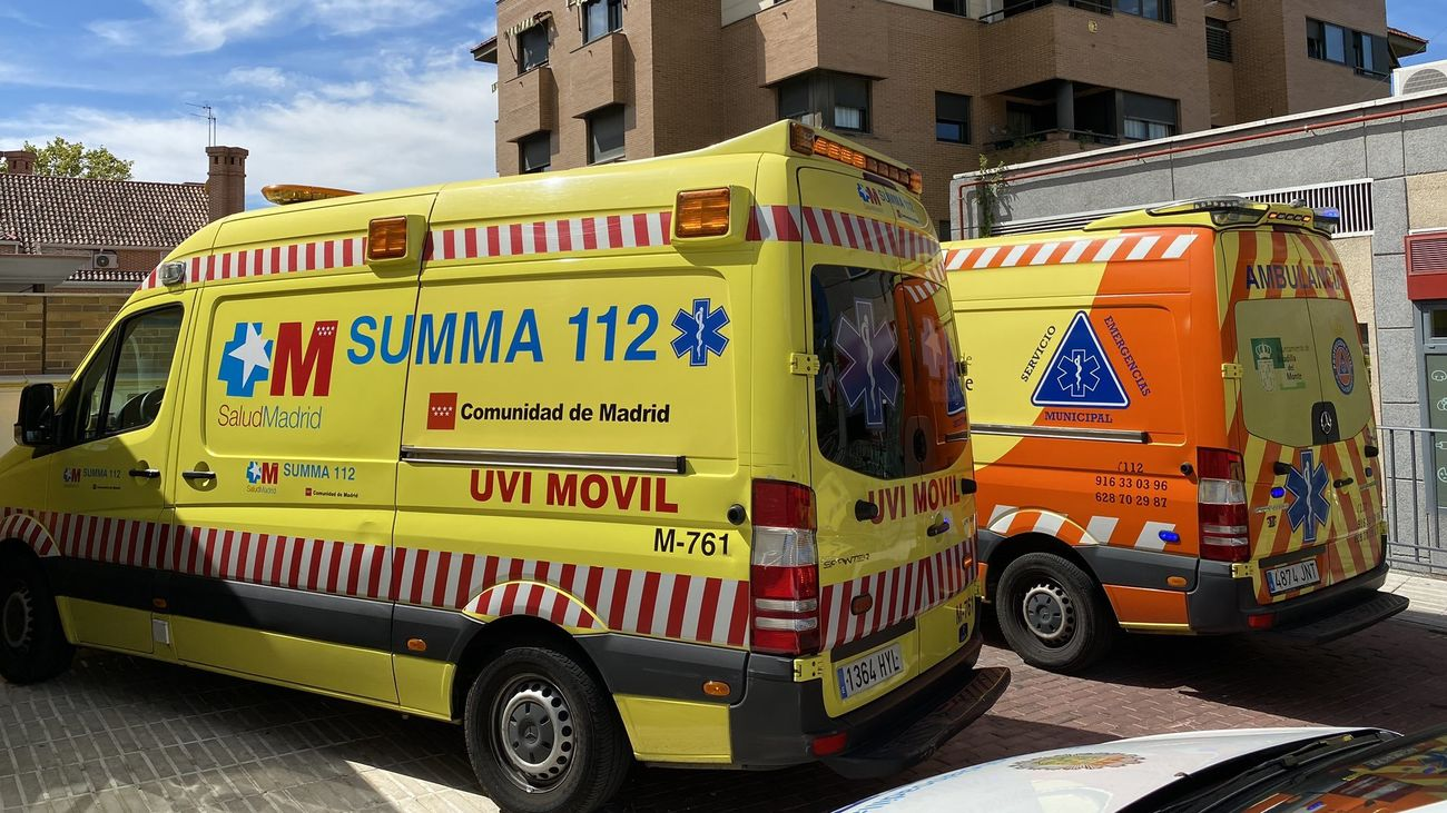 Dos ambulancias del Summa 112
