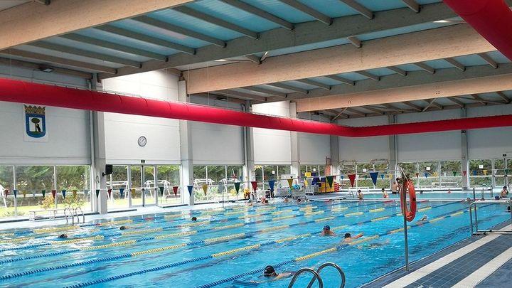 Las piscinas cubiertas de Madrid capital seguirán abiertas pero con restricciones y sorteo de plazas