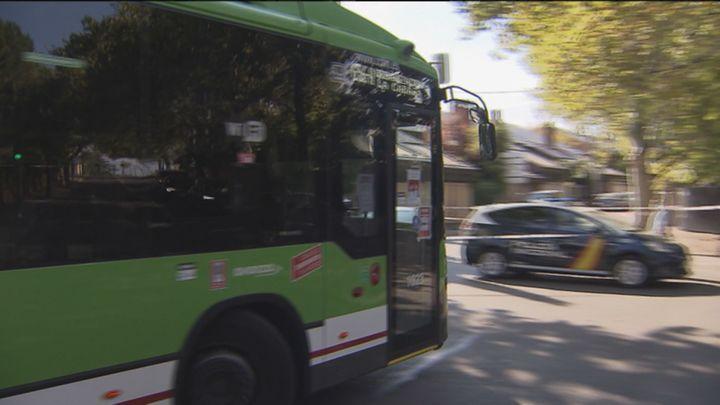 El conductor del autobús de Aravaca declara que no fue consciente de que atropelló al hombre con el que discutió