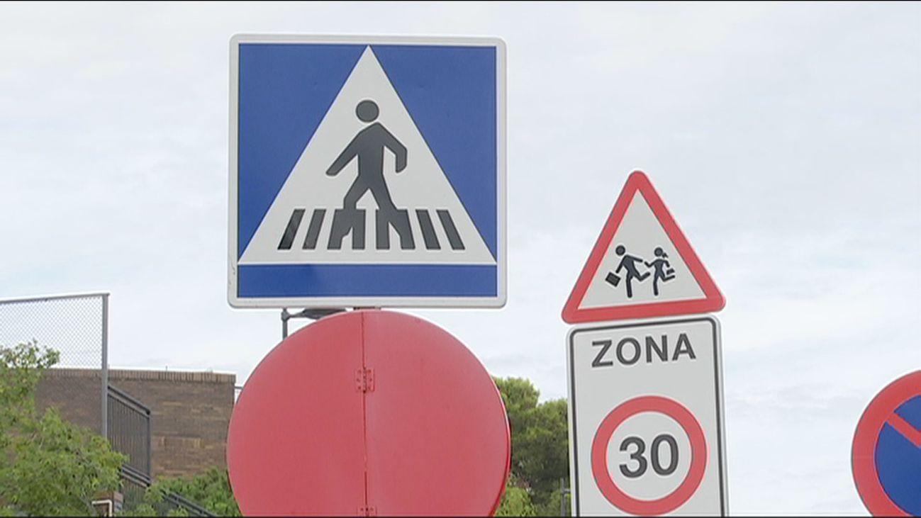 Más de un centenar de señales de tráfico no aparecen en el código de circulación español