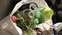 Proliferación de basura y contenedores rotos en Zarzaquemada