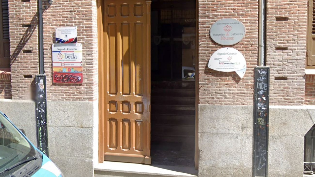 Cierra una clase del colegio Sagrado Corazón del barrio de la Latina por un positivo en covid-19
