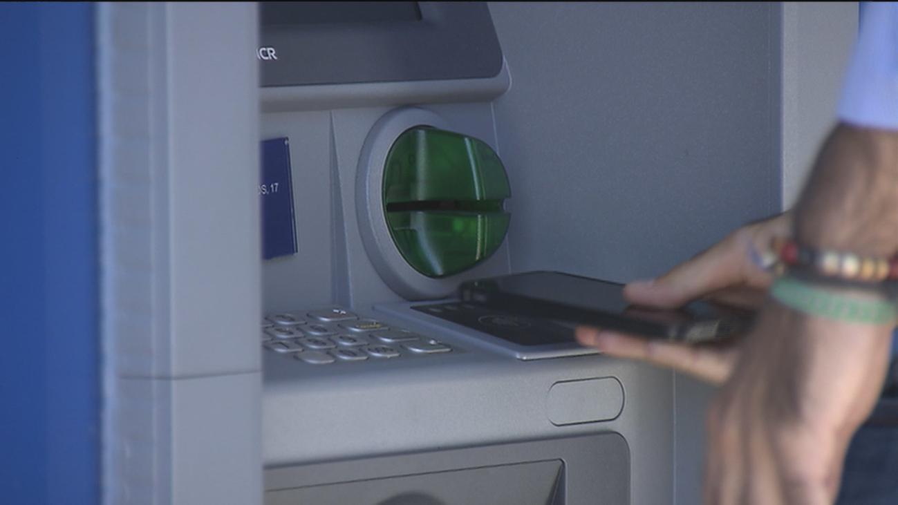 Ya es posible la retirada de efectivo sin tocar el cajero automático