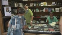 Nos colamos en la Feria del Libro de Puente de Vallecas
