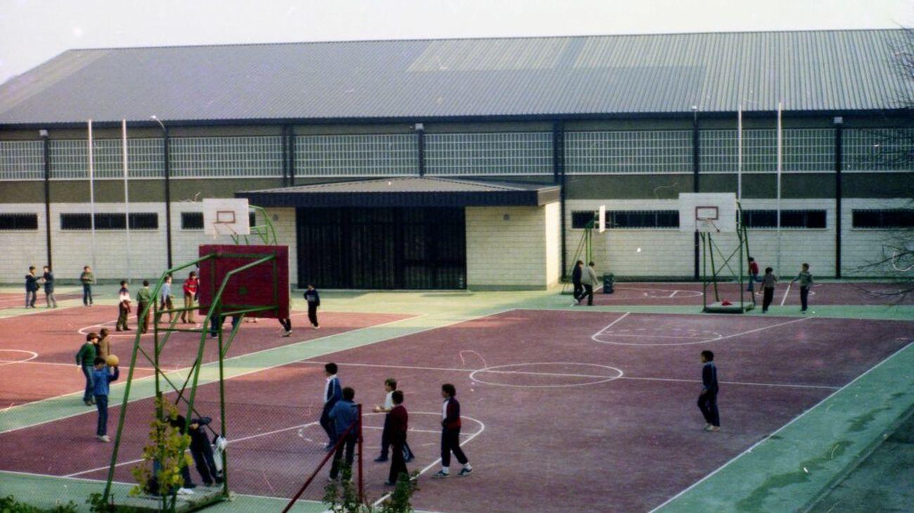 Cierran una clase del colegio Apostol Santiago en Aranjuez por un positivo de un niño