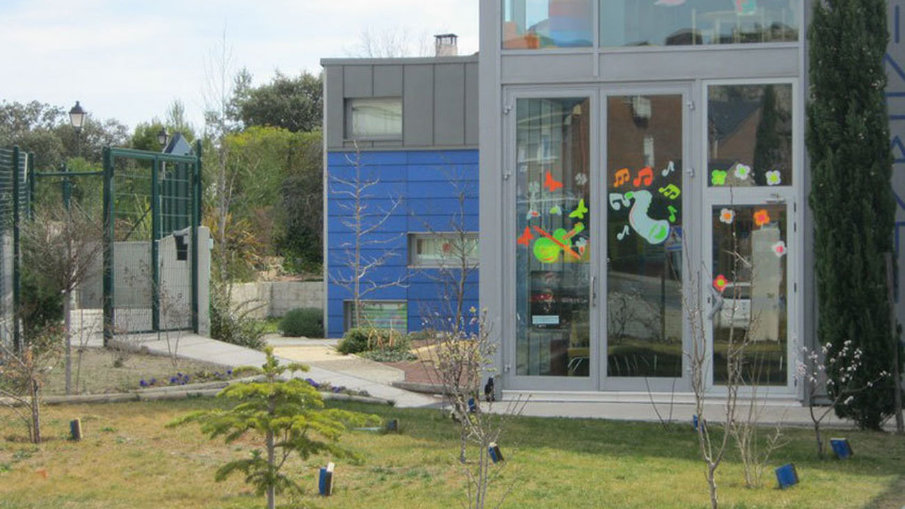 Torrelodones desinfecta la escuela infantil municipal tras el positivo el Covid de una profesora