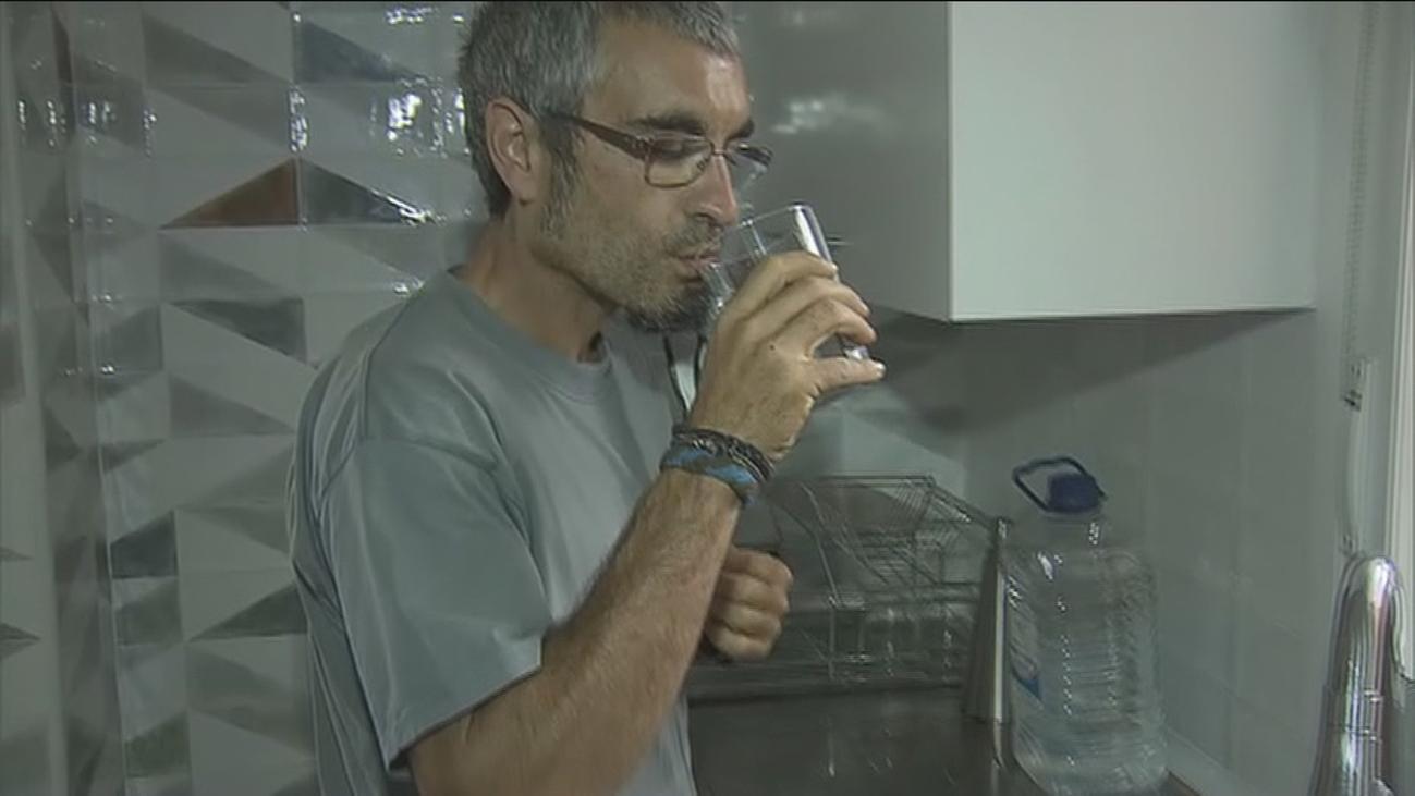 Más de 400 vecinos afectados por agua contaminada con gasoil en Soto del Real