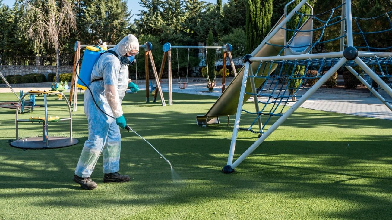 Limpieza de un parque en Colmenar Viejo