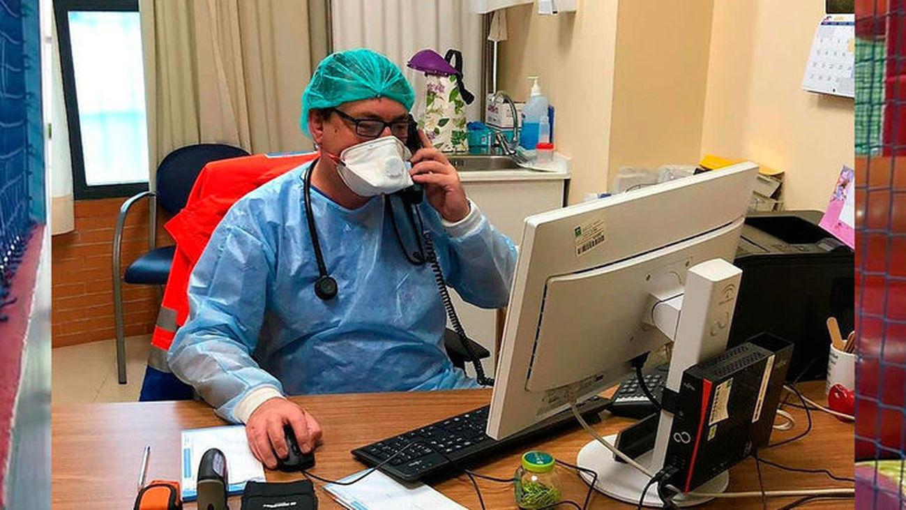 Un médico de Atención Primaria