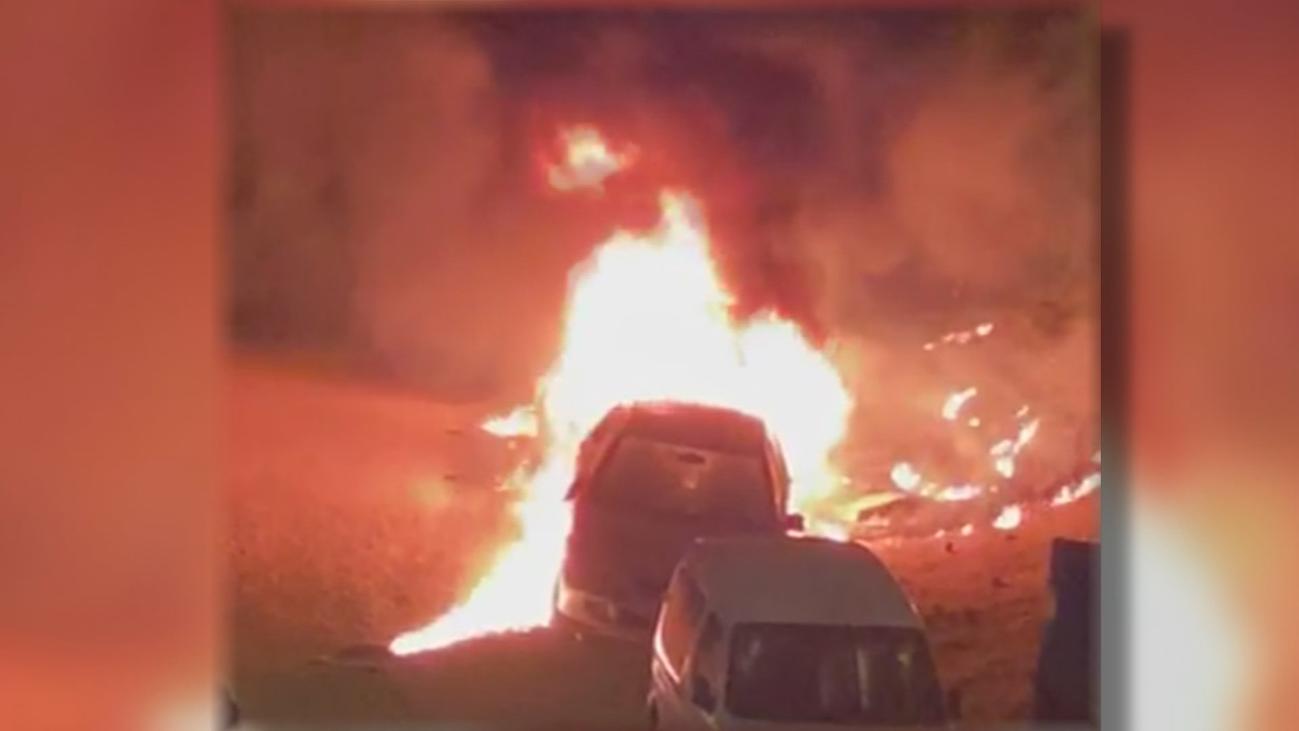 Preocupación tras haber varios coches ardiendo en Arganda del Rey