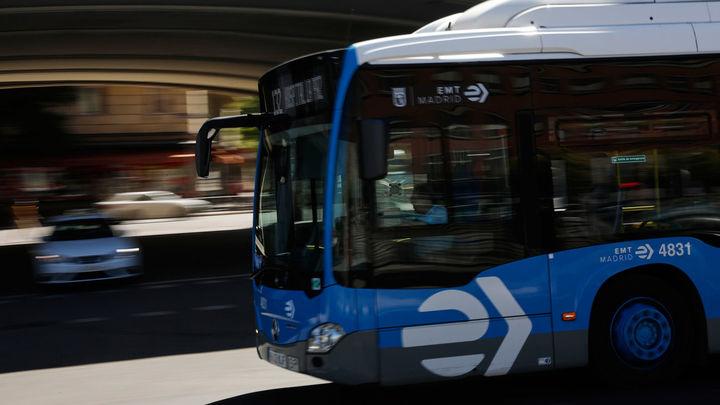 Hoy entra en vigor la nueva linea perimetral de la EMT que unirá Puerta de Toledo y Argüelles
