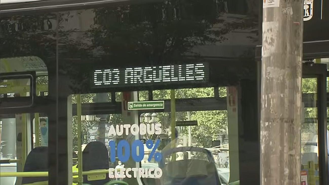 Comienza a circular el nuevo autobús eléctrico que rodea Madrid Central