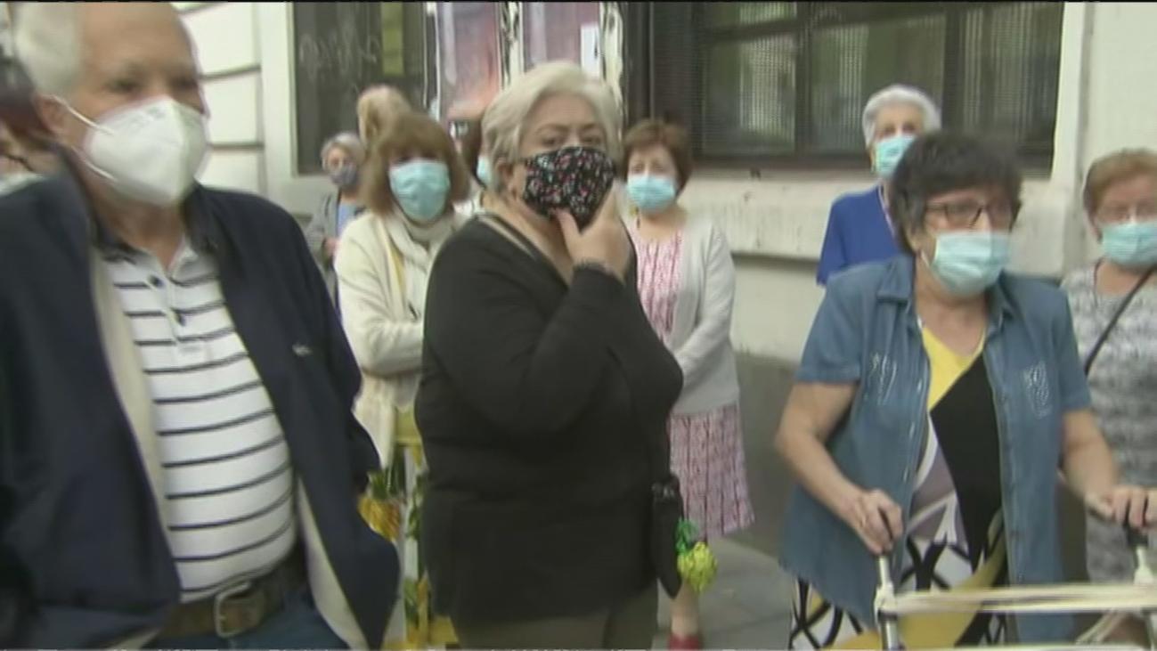 """Desaparecen todos los autobuses de Bailén y los vecinos denuncian que se han quedado """"aislados"""""""