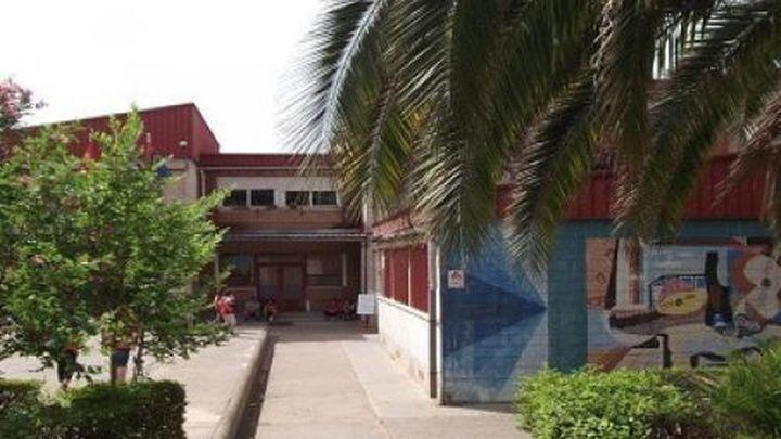 Los padres del colegio Antonio Hernández de Móstoles reclaman más profesores para evitar las aulas mixtas