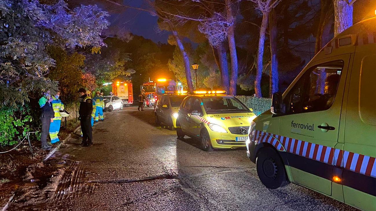Cuatro heridos, uno de ellos grave, tras  chocar un turismo contra un muro en Collado Villalba